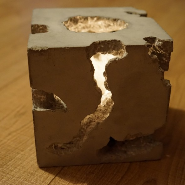Cracked Cube_02